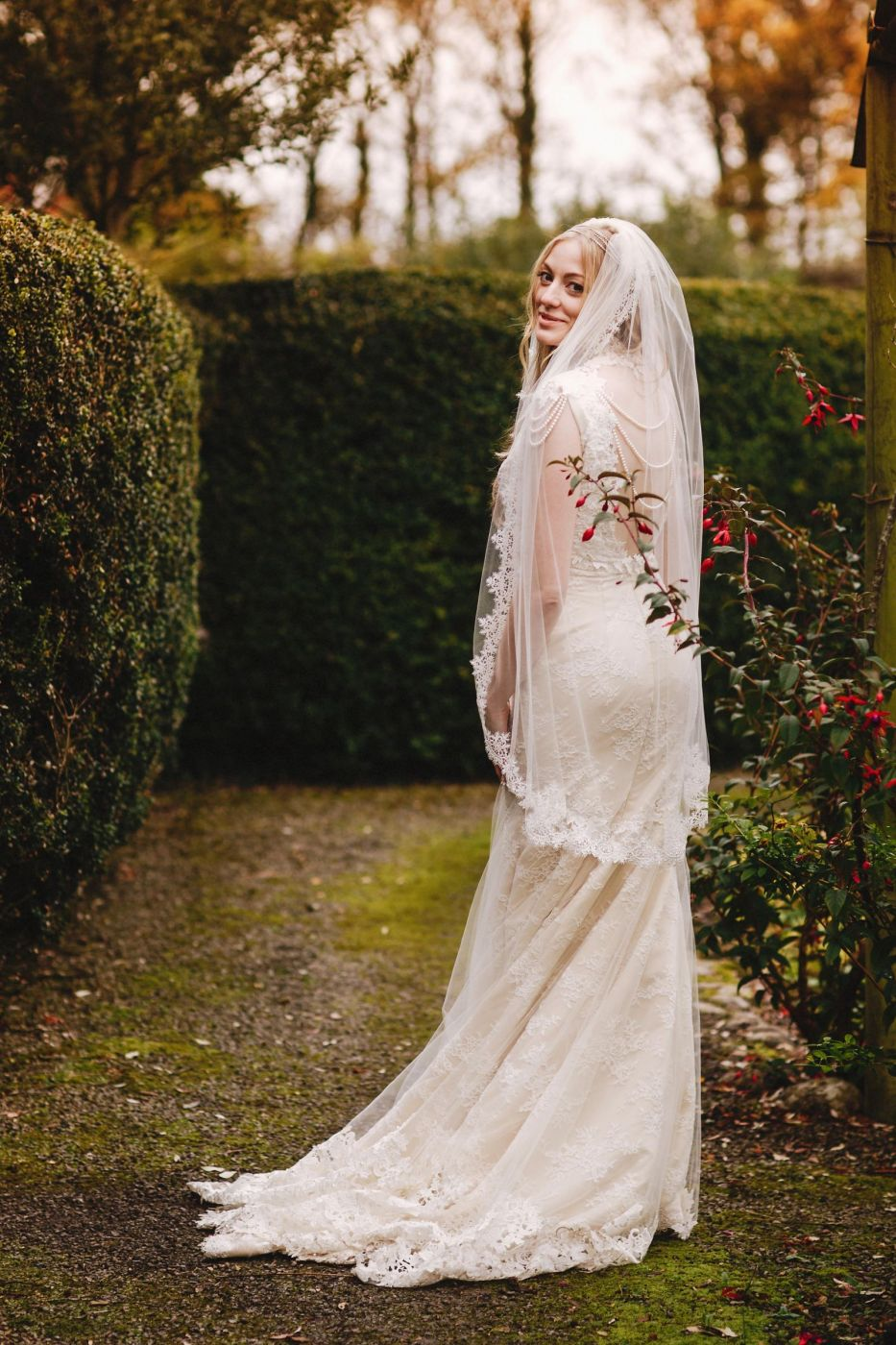 Helen rhiannon designer label bespoke bridal gowns rachel in bespoke helen rhiannon photography by andy gaines ombrellifo Gallery